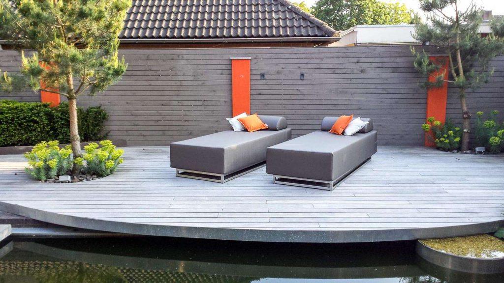 modern outdoor chaise